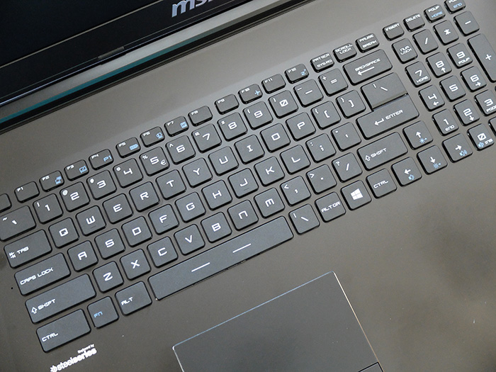 MSI GP72 Leopard Pro-002
