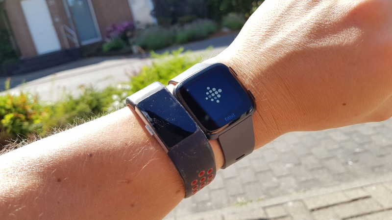 Fitbit Versa vs. Charge 2